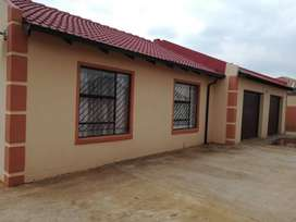 Beautiful family home available in Unitas Park Ext 3.