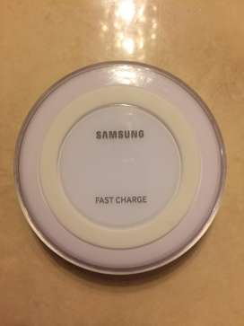 SAMSUNG FAST WIRELESS CHARGING PAD (EP-PN920) WHITE