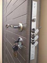 Дверь входная, бронированная, металлическая, стальная. Дверь в дом