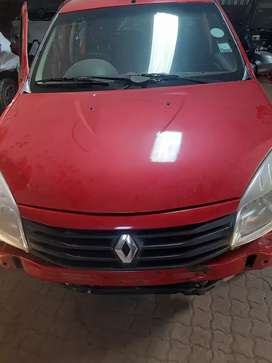 RENAULT SANDERO FOR STRIPPING AVAILABLE