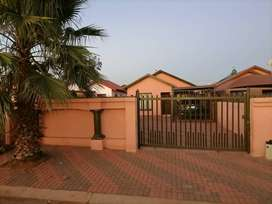 Stunning 3 bedroom to Rent in Soshanguve vv