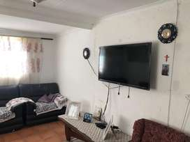 Neat and secured house in Tafelsig for sale
