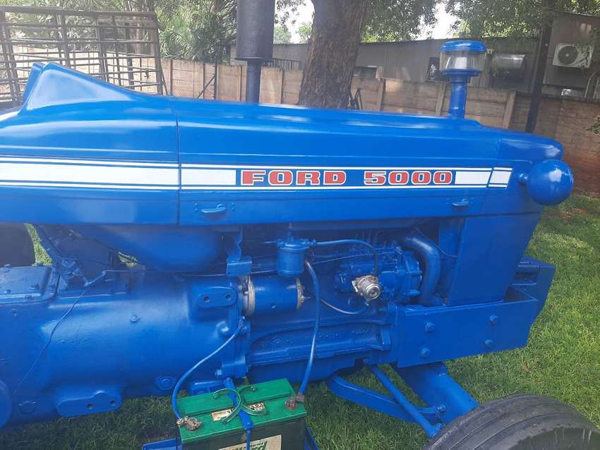 Ford 5000 tractor 0