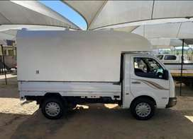 1 tonne truck available for hire