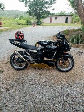 Zx12r good condition too swap for gsxr 1000 k5 k6