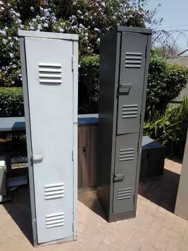 Locker cabinet. Single Door Slim (each)