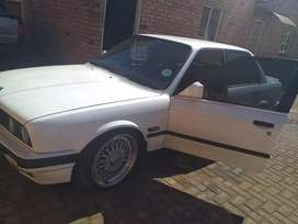 Bmw 3 series gusheshe