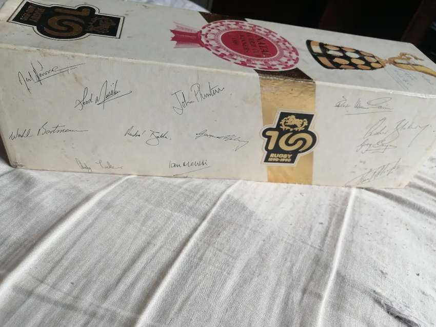 Natal Currie Cup Winners 1990 Signed Bottle Lable Sparkling Wine