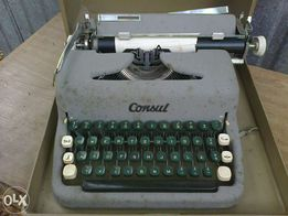 Stara maszyna do pisania Consul