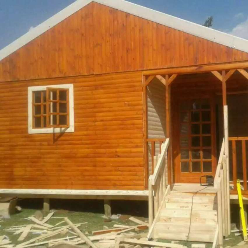Wendy houses for sale and log cabins 0