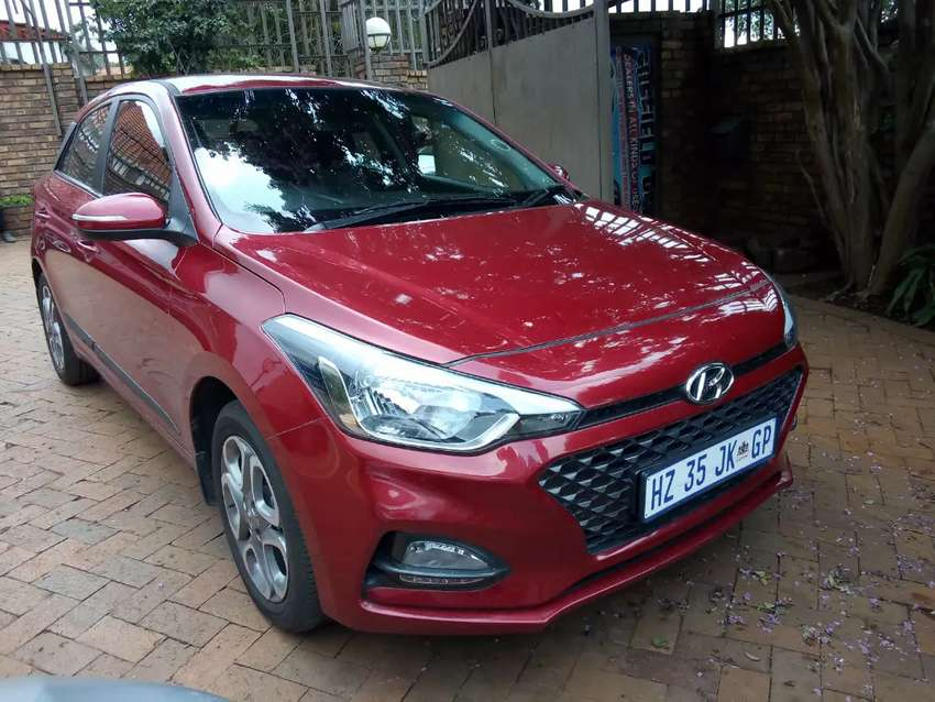 Hyundai i20 1.2 New Edition Petrol Hatchback Automatic For Sale 0