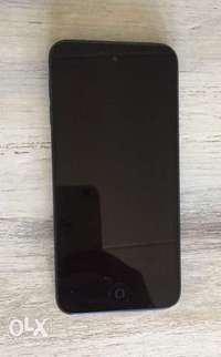 Image of Black iPod touch for sale.