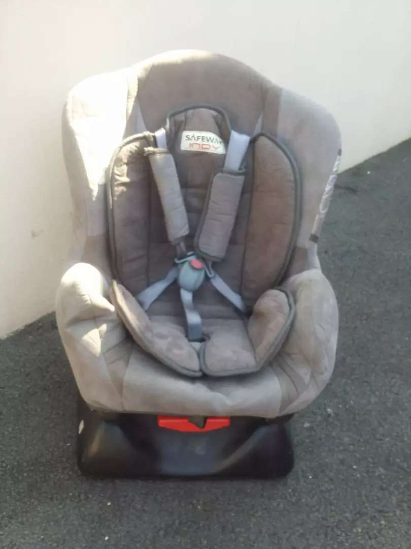 Safeway Toddlers Carseat 0