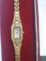 Часы Charm позолота