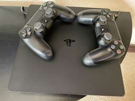 PS4 2 Years 7 months old