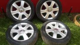 Golf 5  16 inch mag Rims and tyres