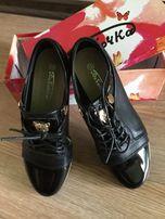 Детские туфли,ботиночки