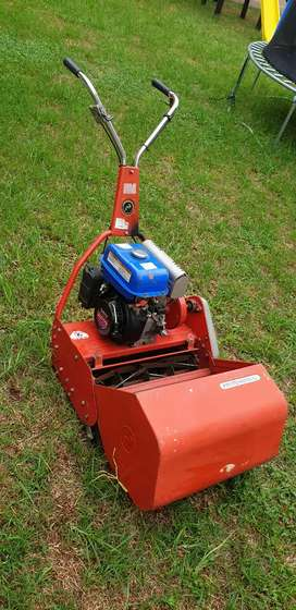 Professional Lawnmower for sale