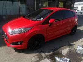 2015  Ford Fiesta ( Eco bost RS)