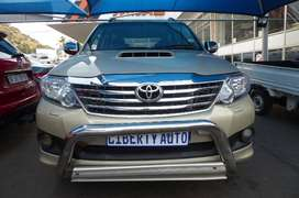 2014 Toyota Fortuner 3.0 D-4D Auto 95,000km 7 Seater LIBERTY AUTO