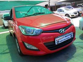 hyundai i20,1.2 motion with 87000km