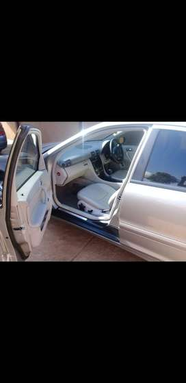 Iam selling a very beautiful and clean car