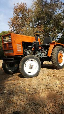 1992 YTO DFH-180 TRACTOR FOR SALE