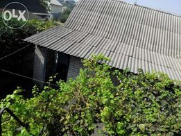 Срочно и недорого связи с выездом продам дом.
