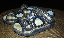 Pierwsze buciki,sandałki,papcie
