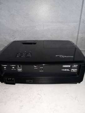 Never been used OPTOMA HD27 1080p Home Projector For Sale!