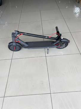 Electric Kick Scooter