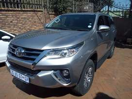 Toyota Fortuner 2.7Vvti Petrol SUV Automatic For Sale