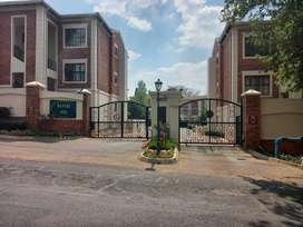 3 Bed 2 bath 1st floor townhouse in Bryanston , 17 Bantry Oval