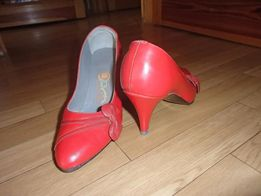 Туфли красные кожаные