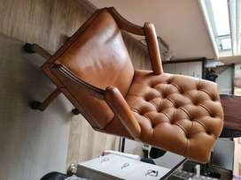SHF Bennet Leather chair non-negotiable