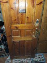 продам дерев'яну б/в дверь