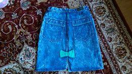 Śliczna spódnica jeansowa z kokardka