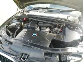 2010 BMW 320i exclusive for sale