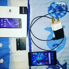 Sony Xperia Z2 and wrist watch