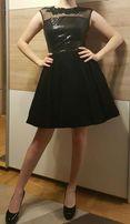 Czarna sukienka koktajlowa