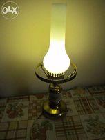 Продаю лампу настольную