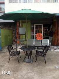 Garden set by 4chairs and table with umbrella 0