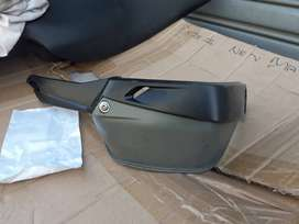 2007 Bmw R1200GS hand guard grip guard for Sale.  R400 ONCO. Slightly