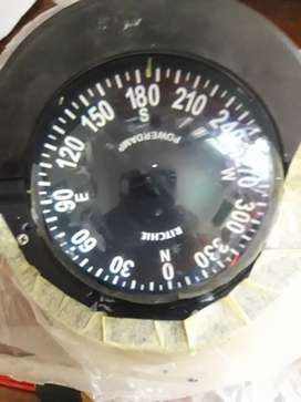 Selling my boat compass works 100% make me a offer