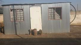 Pack-up-and-go Mkhukhu for sale in Spruitview