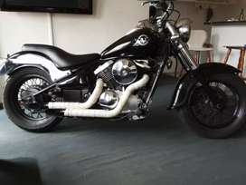 I have a Kawasaki Vulcan VN 800 in a superb condition.