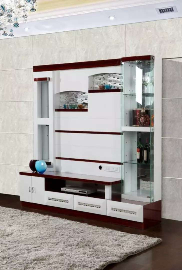 Executive Tv shelves with wine spaces 0