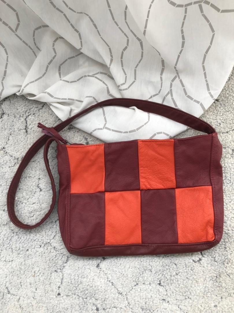 Dámská kožená kabelka. 32x24cm, nová 0