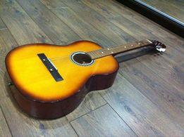 продам акустичну гітару