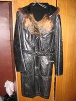Продам женское кожаное зимнее пальто
